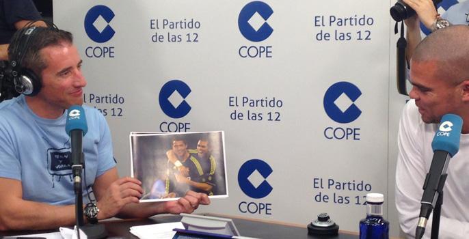Пепе во время интервью на радиостанции Cadena Cope