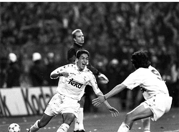 Рауль только что забил свой первый гол за