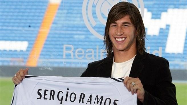 Серхио Рамос во время презентации в Реал Мадриде