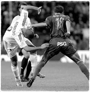 2004 год. Роналдо против Марио Котело