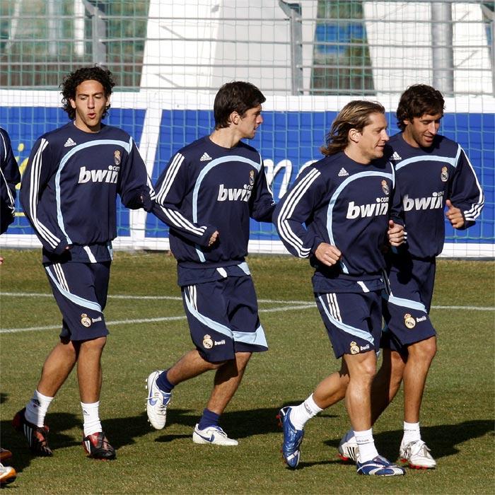 Парехо, Вильяфанье, Сальгадо и Рауль - сплав опыта и молодости