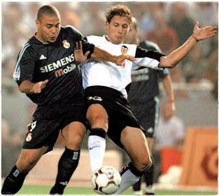 Роналдо против Валенсии (2003/04)