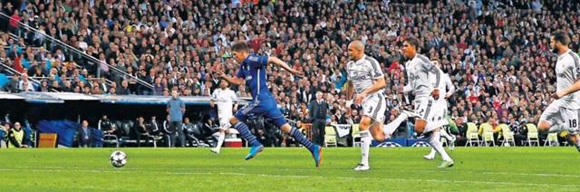 Реал Мадрид - Шальке 3:4. Хунтелар рвется к своему второму голу в матче
