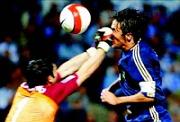 Рауль забивает гол