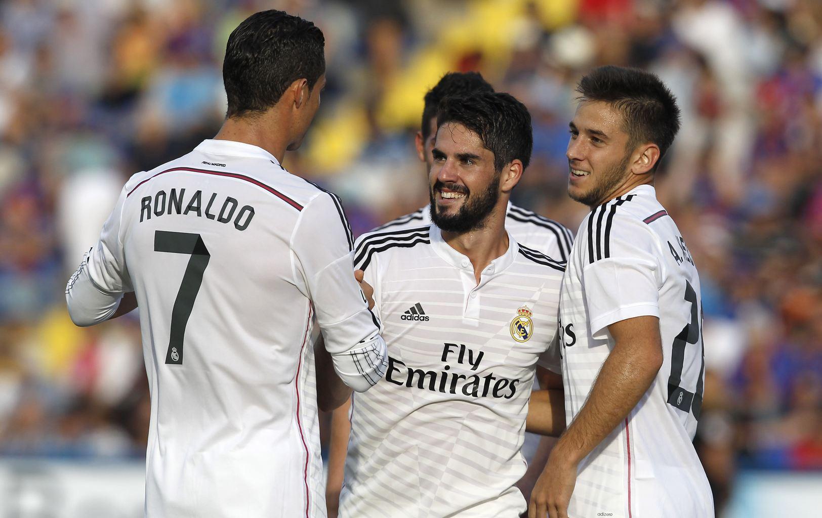 Игрок Реал Мадрида Иско в матче против Леванте