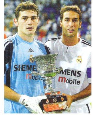 Касильяс и Рауль с Суперкубком Испании