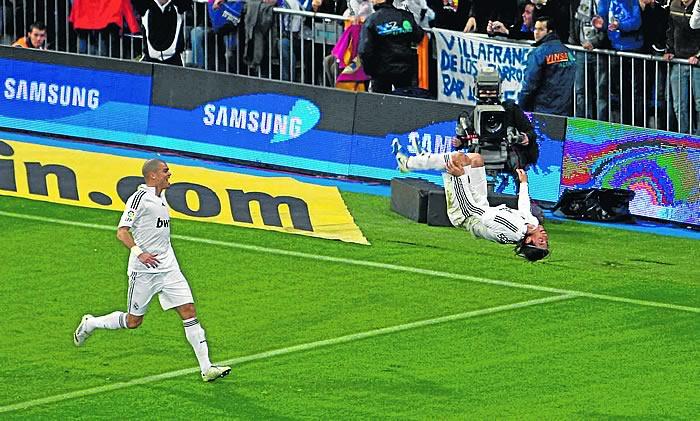Пепе и Рамос в матче против Бетиса 2009