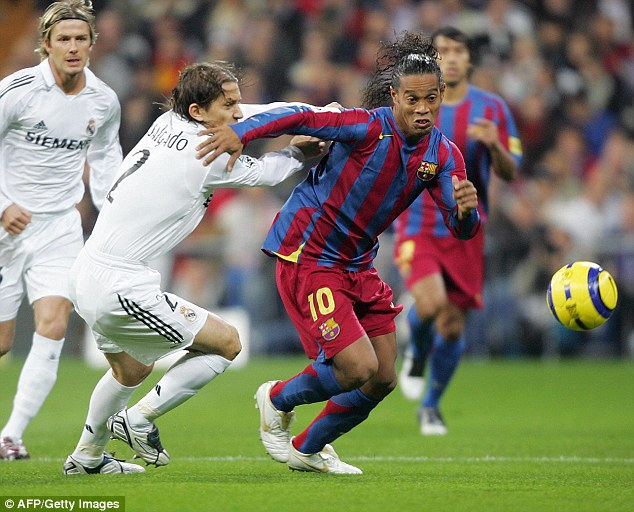 Роналдиньо против Мадрида